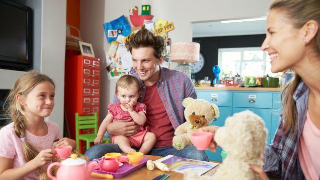 Štedopis anketa :  52% roditelja izbjegava  razgovarati s djecom o novcu
