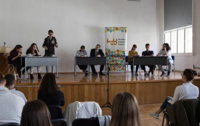 Zaključak debate mladih: Ulaganje u obrazovanje najbolji oblik štednje