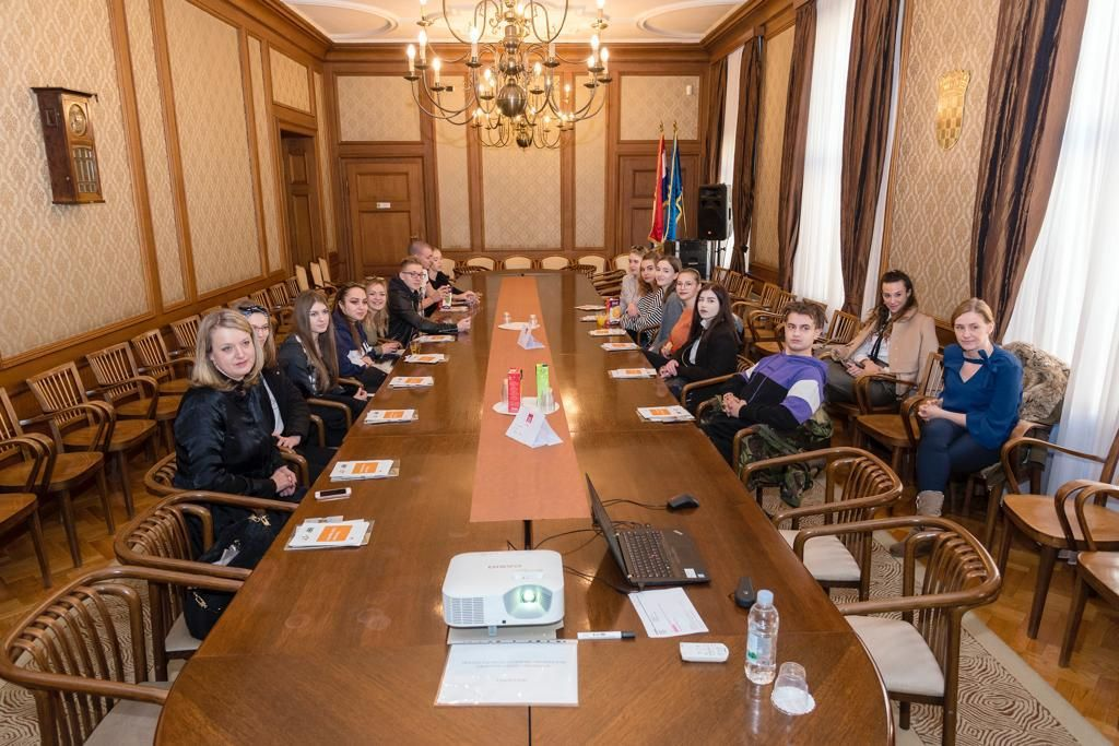 Učenici u posjetu Hrvatskoj narodnoj banci, 2019.